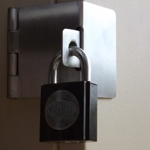 avlocksmiths-adelaide-meter-box-locks-example1